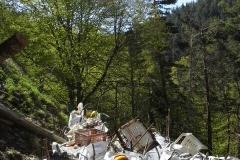 Enlèvement de déchets d'un ravin, au Mont Lozère